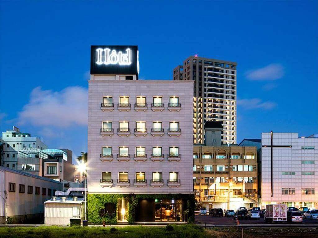 台南安平留飯店