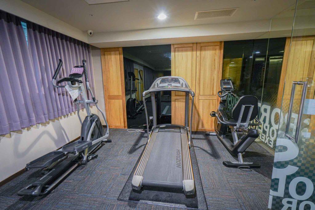 塔木德台南會館健身房