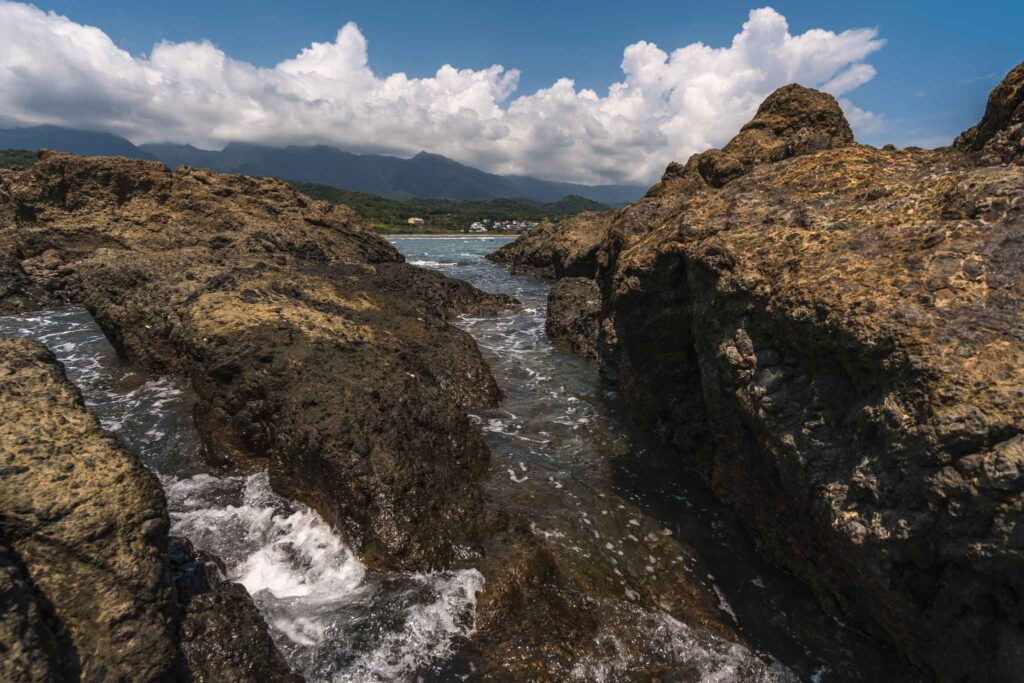烏石鼻海蝕溝
