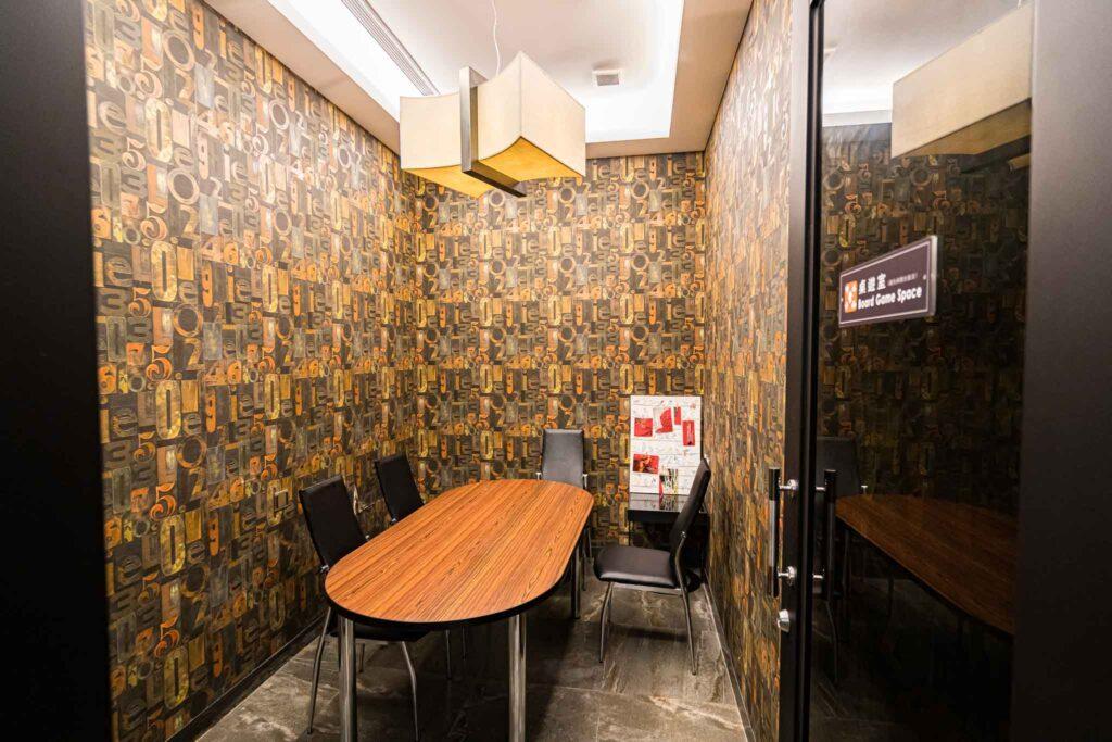 冠月精品旅館桌游室