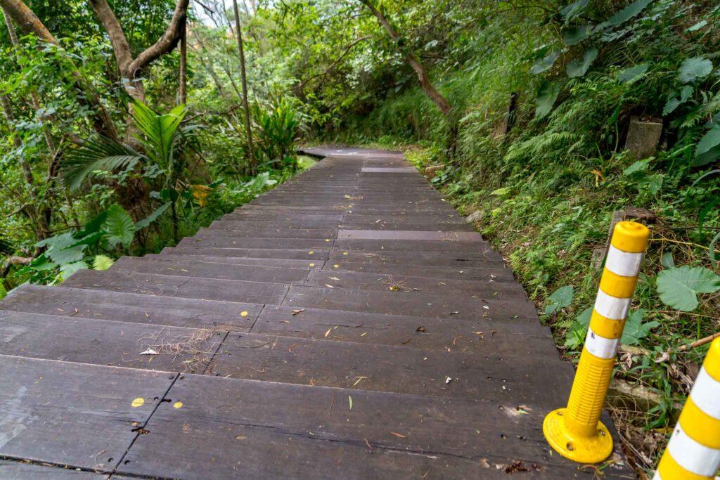 頂岩灣四格山步道