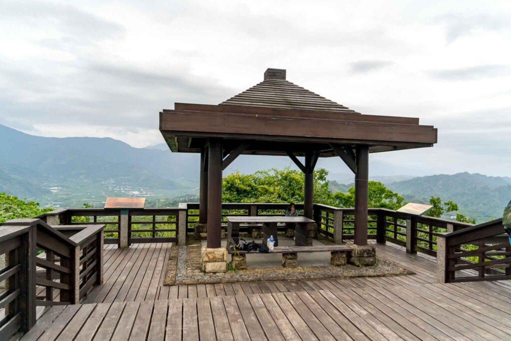 頂岩灣四格山觀景台