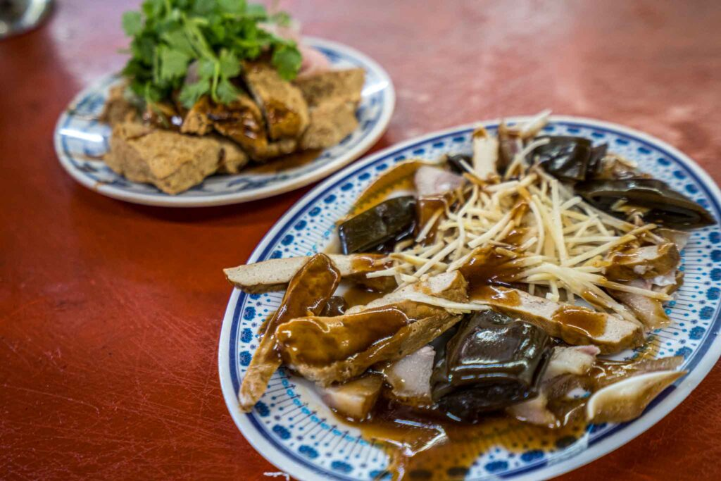 台東關山臭豆腐滷味