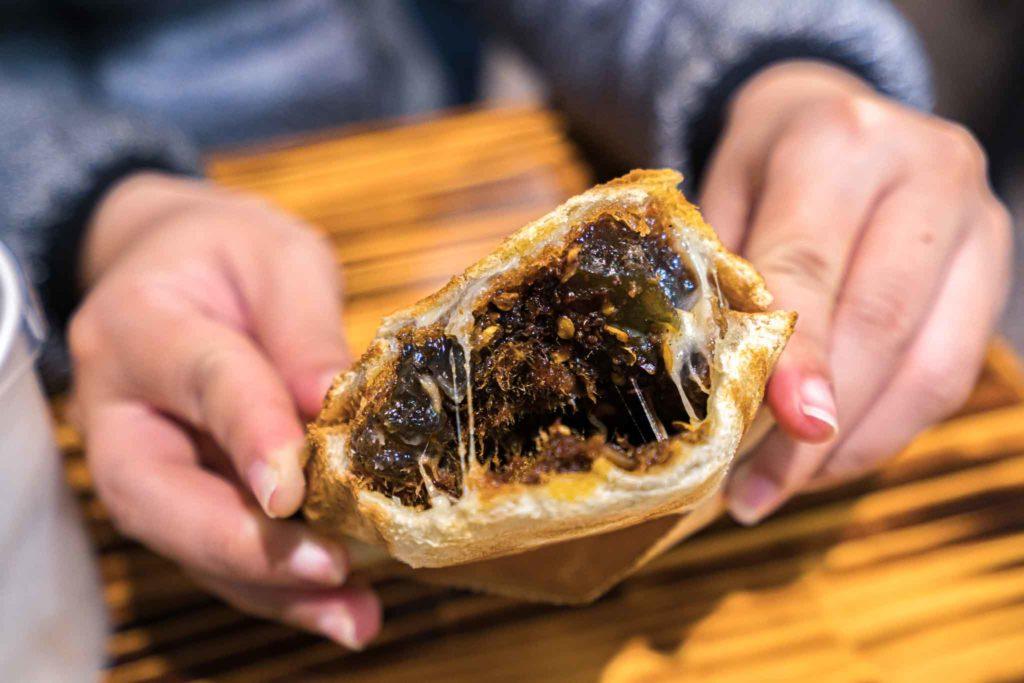 吐司代表的熱壓吐司(椒香皮蛋肉鬆起司口味)