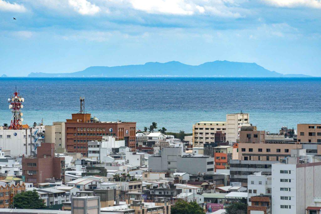 鯉首觀景平台眺望綠島