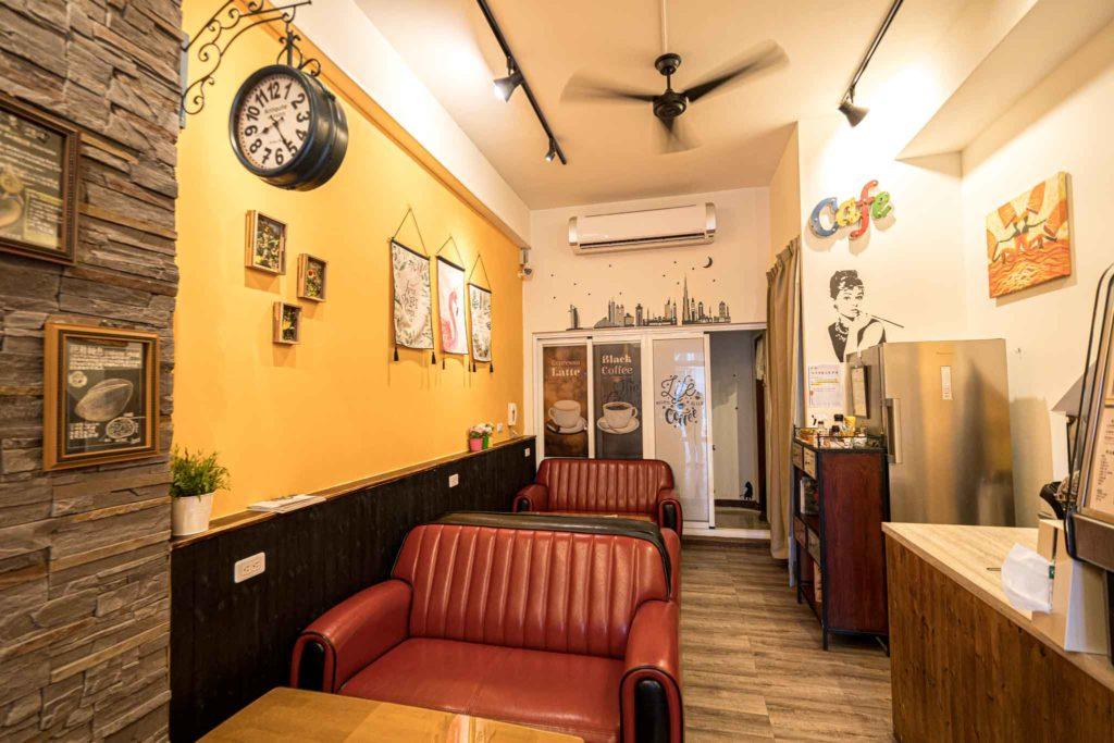 台東日光咖啡館(早午餐)內用沙發